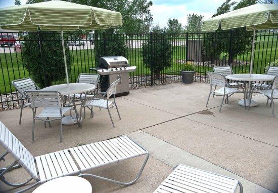Brookings, SD: Outdoor Patio