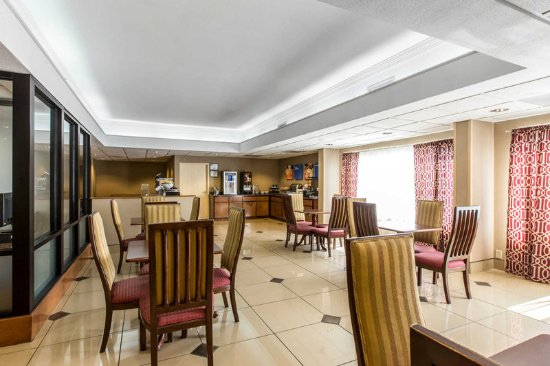 Thomson, GA: Spacious hotel breakfast area