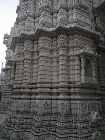 Palanpur, India: temple outside view