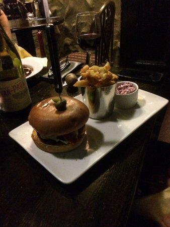 Great Ayton, UK: House burger