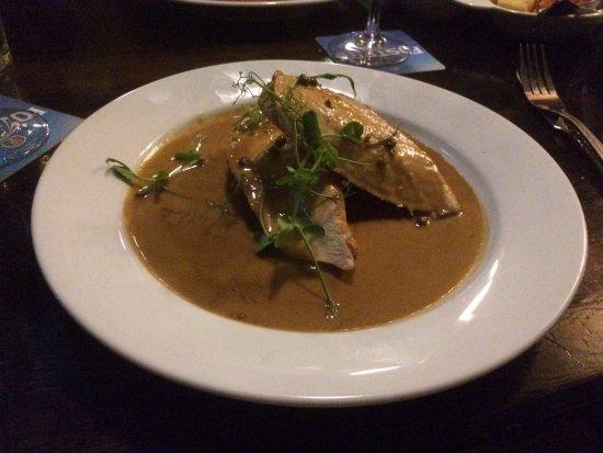 Great Ayton, UK: Chicken in peppercorn sauce