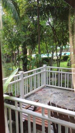 Lanta Klong Nin Beach Resort Hotel - room photo 5405450