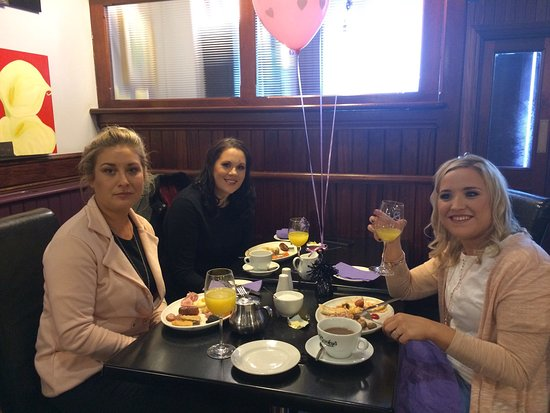 Ballybay, Ireland: Hen party Breakfast  a selection of juices cereals yogurts fruit scones croissants Full fry Tea
