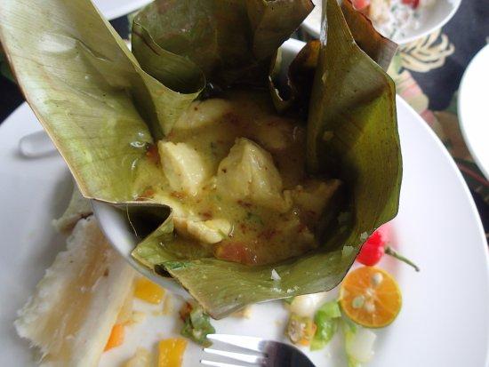 Nadina Authentic Fijian Restaurant: ika kovu