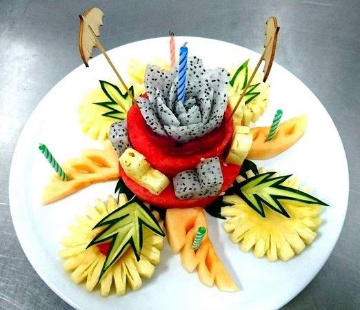 Brilliant Birthday Surprise Fresh Fruit Birthday Cake Picture Of The Personalised Birthday Cards Veneteletsinfo