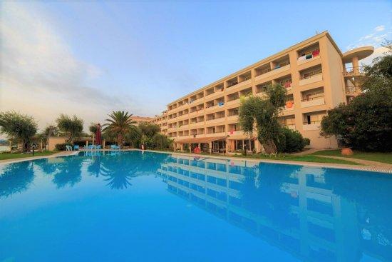 Elea beach hotel bewertungen fotos preisvergleich for Swimming pool preisvergleich