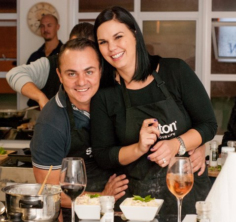 Bryanston, Sudáfrica: Couples night out and Singles classes held on monthly basis
