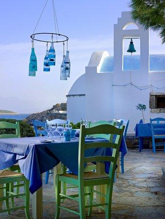 St. Nicolas Bay Resort Hotel & Villas: Kafenion Restaurant