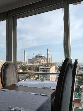 Adamar Hotel: Lunch time