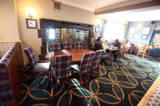 Interior - Picture of Stonehouse Pizza & Carvery Young Vanish Inn ...