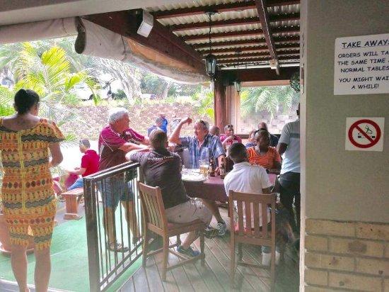 Port Shepstone, Sudafrica: Schooners Galley Seafood Restaurant