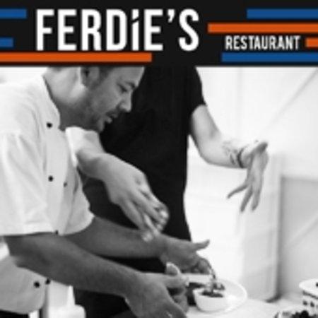 Ghajnsielem, مالطا: Chefs at work