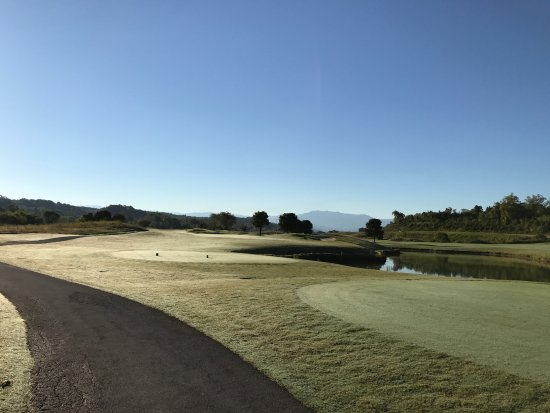 Sevierville Golf Club: early morning hole 4 Highlands Course