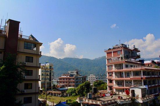 Hotel The Cherry Garden: View of Pokhara