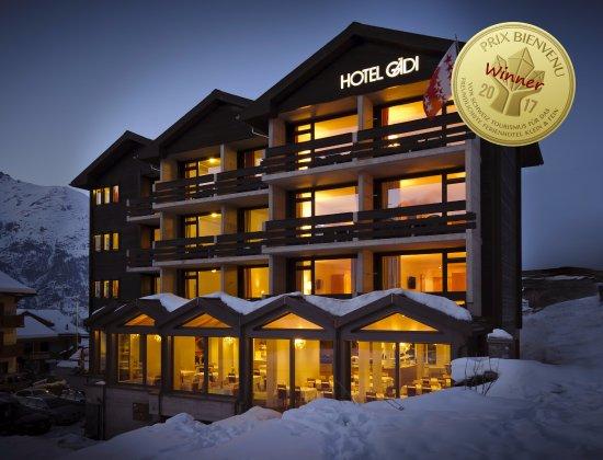 Graechen, Swiss: Aussenansicht im Winter