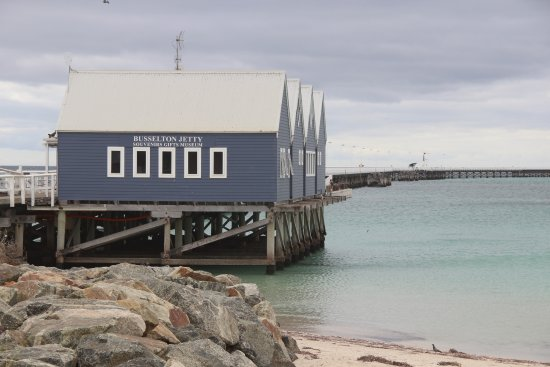 Busselton, Australia: Jetty Entrance Area