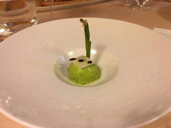Montemerano, Itália: green pea ice cream