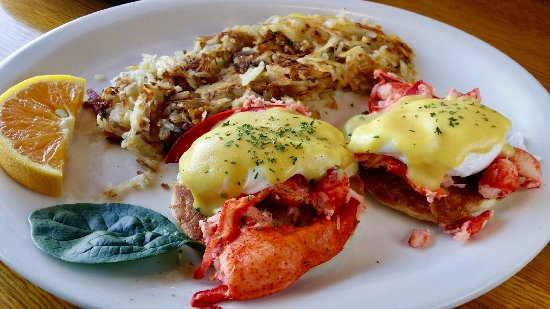 Linda's Breakfast Place: Lobster Bennedict