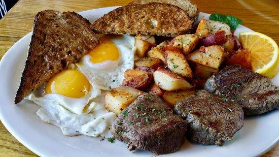 Linda's Breakfast Place: Tenderloin Steak and Eggs