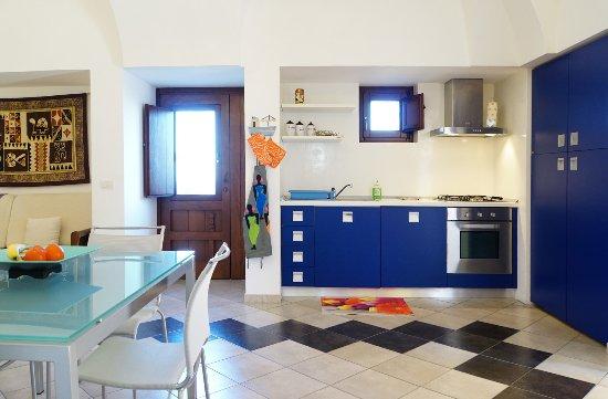 soggiorno cucina - Picture of Dammusi e Relax, Pantelleria ...