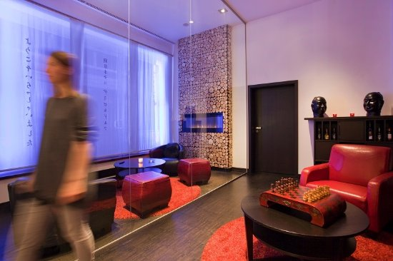 Guest room - Picture of Asahi Hotel, Düsseldorf