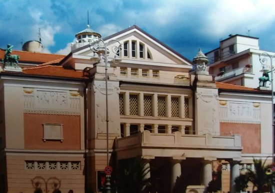 Merano's Theatre