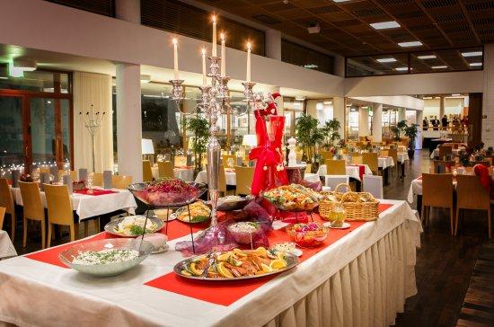 Tuusula, Suomi: Christmas buffet