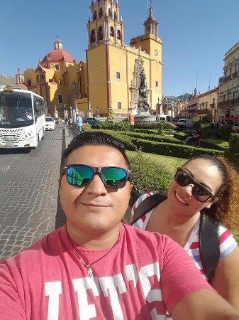 Basilica of Our Lady of Guanajuato: Una de las primeras en visitar en el centro historico!