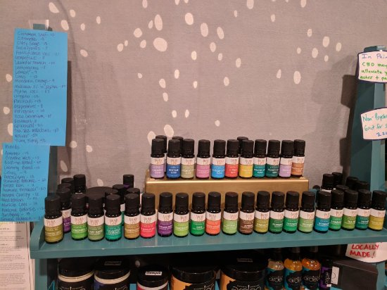 CBD and essential oils, oh my! - Picture of Float Los Alamos, Los