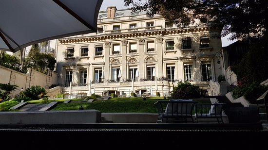 Palacio Duhau - Park Hyatt Buenos Aires: Stunning view of the Garden while having breakfast