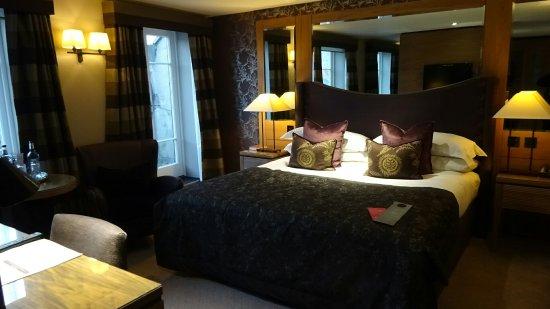 Macdonald Windsor Hotel: DSC01250_large.jpg