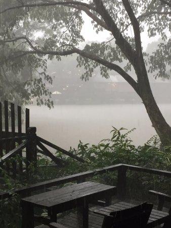 Sepilok Jungle Resort: arrived in a thunderstorm