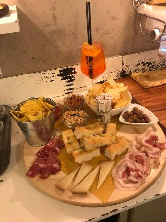 Vezzano Ligure, Włochy: Bar Il Bonsai