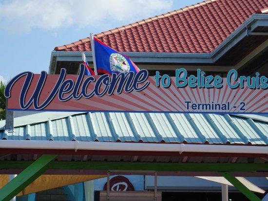 Belize Tourism Village: Aankomst.