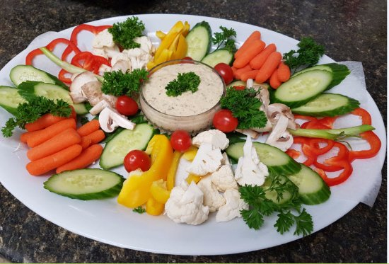 Logan Lake, Kanada: catered Veggie trays