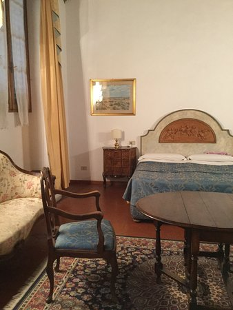 Panella's Residence: Bedroom at front of house.