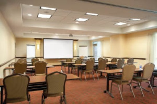 Ridgeland, Миссисипи: Need meeting space?  Please see our sales department for details.