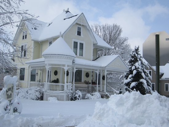 Lanesboro, MN: Winter at Anna V's