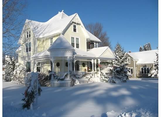 Lanesboro, MN: Beautiful Winter Day at Anna V's