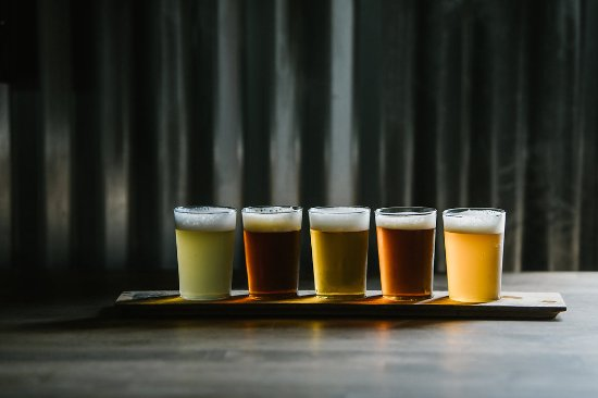 Santa Rosa Beach, FL: Flights are available with your choice of 5 4 oz. pours