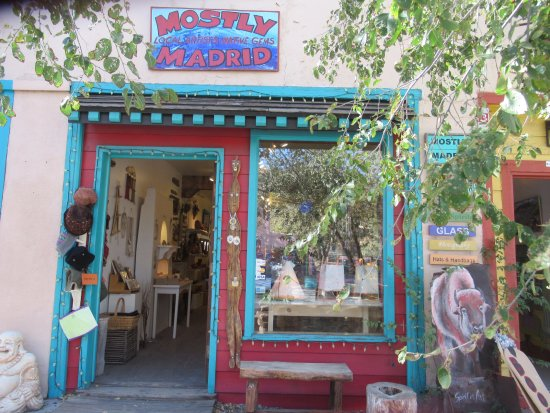 Cerrillos, NM: Mostly Madrid shop front