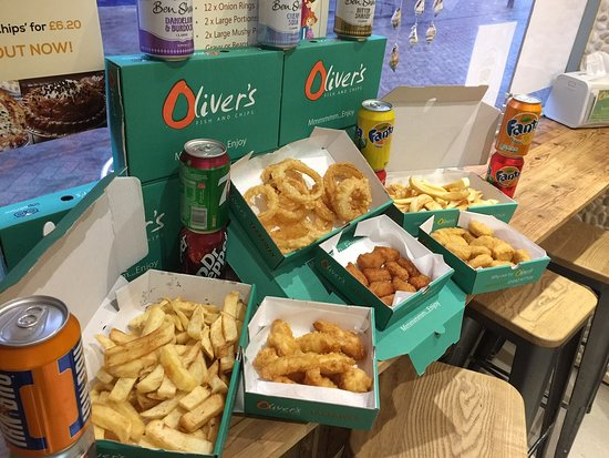 #FAMILY #FEAST @OLIVERS REDCAR TAKEAWAY - ALL OF THIS FOR £22.99!