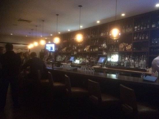 Paradise Valley, AZ: Inside The Bar