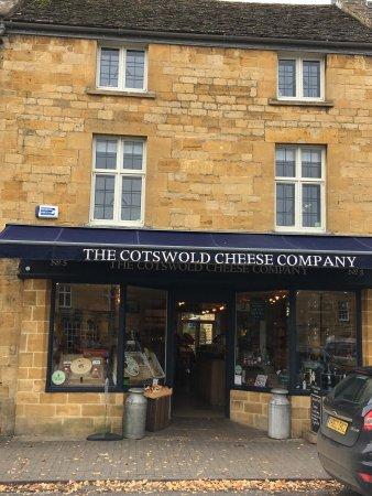 the cotswold cheese company moreton in marsh alles wat u moet weten voordat je gaat. Black Bedroom Furniture Sets. Home Design Ideas