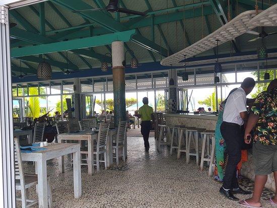 Fish trap restaurant bar for Louisiana fish bar