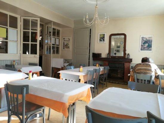 Uzerche, Francia: Denise Champtiaux