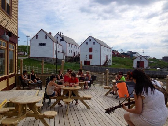 Bonavista, Canada: Our patio is a great place for live entertainment
