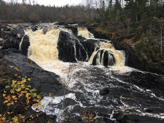 Ely, MN : The falls