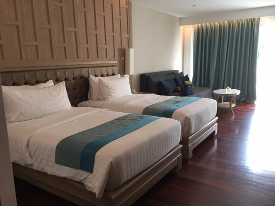 Diamond Cliff Resort And Spa: Room 4101 The Best Beds Ever