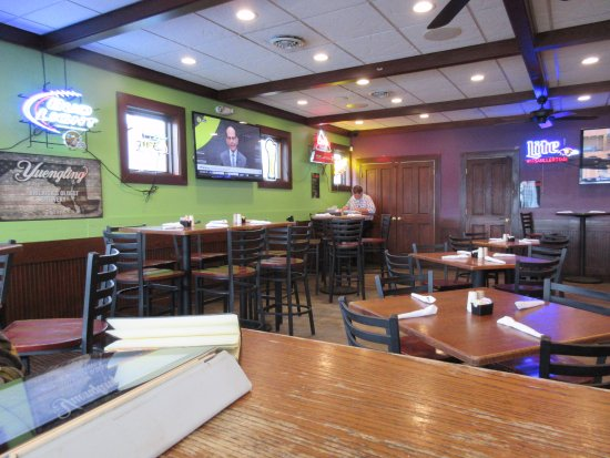 Chestertown, MD: Bar/Dining Room